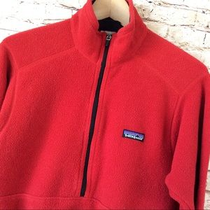Men's Red Patagonia Half Zip Pullover Small